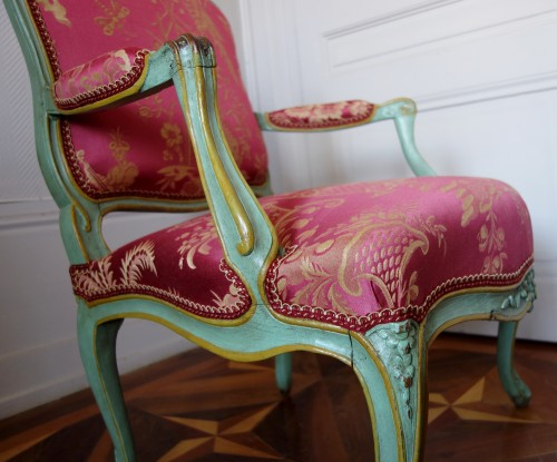 Pair of Louis XV armchairs à la Reine - Sylvain Blanchard stamp - Louis XV