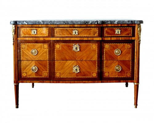 Louis XVI Marquetry commode - Stamp of Pascal  Coigniard