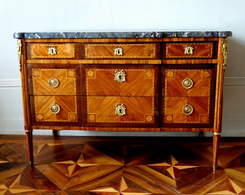 Louis XVI Marquetry commode - Stamp of Pascal  Coigniard - Furniture Style Louis XVI