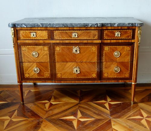 Furniture  - Louis XVI Marquetry commode - Stamp of Pascal  Coigniard