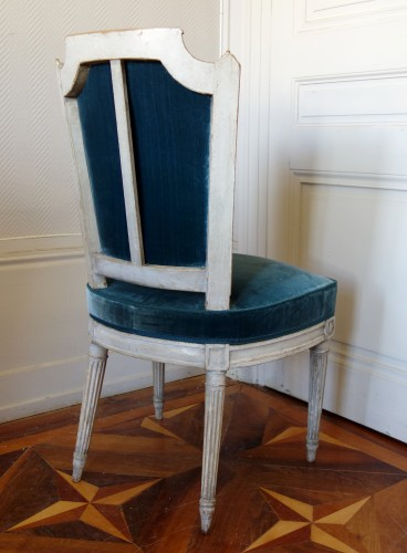 18th century - Pluvinet : Set Of 4 Louis XVI Finely Carved Chairs - Stamped