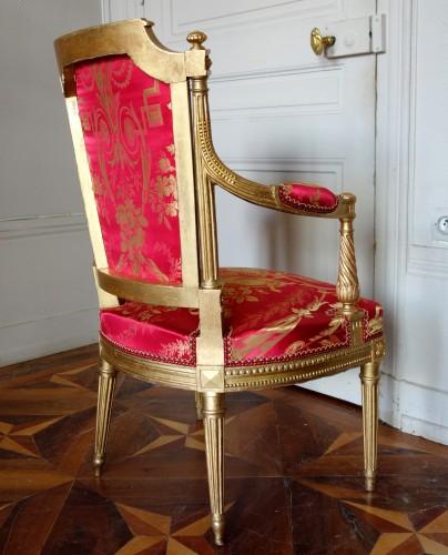 Louis XVI gilt wood salon suite - Louis XVI