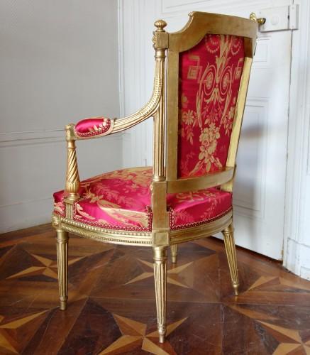 Louis XVI - Louis XVI gilt wood salon suite