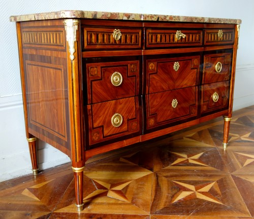 Furniture  - French Louis XVI commode