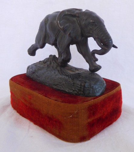 Antiquités - Antoine Louis Barye (1796-1875). - Elephant of Senegal at the race, Barbedienne