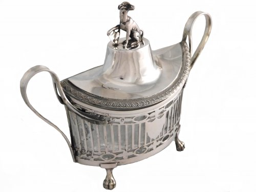 Big Neoclassical sugar bowl in silver