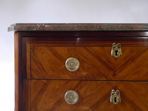 Commode sauteuse by Etienne Avril - Furniture Style Transition