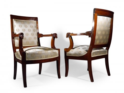 Pair of armchairs attributed to Jacob brothers, Consulate period
