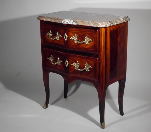 Furniture  - Small chest of drawers stamped G Schwingkens