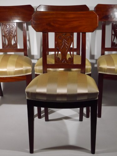 Set of 4 chairs by Georges Jacob, 18th century - Seating Style Directoire