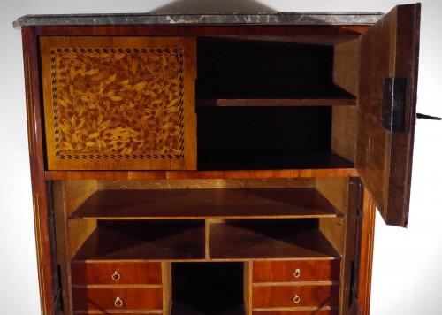Furniture  - A Louis XVI writing desk, in end grain wood