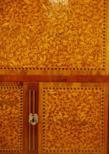 Louis XVI writing desk, in end grain wood -