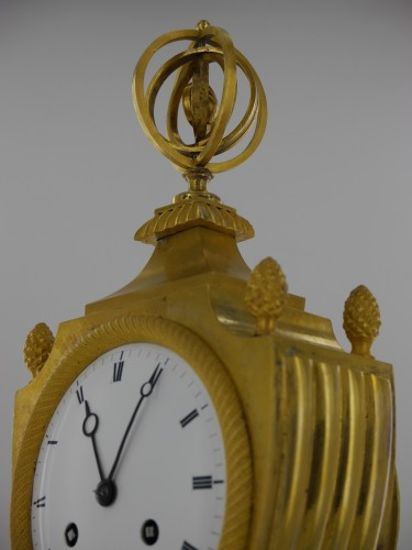 An Empire clock, eary 19th century - Empire