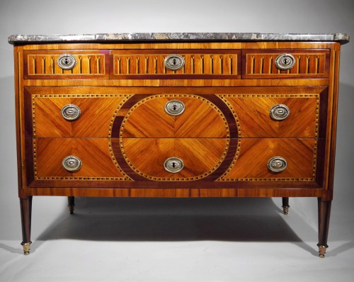 Furniture  - Louis XVI chest of drawers, stamped by Vassou