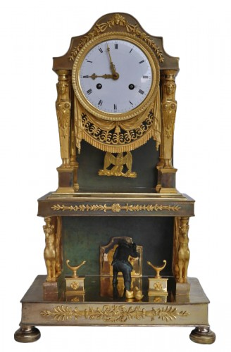 Gilt bronze clock of Consulate period
