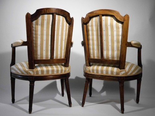 18th century - Pair of Louis XVI armchairs by P. Pluvinet, 18th century