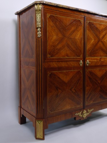 Antiquités - Stunning double chiffonnier opening by doors, stamped Rebour