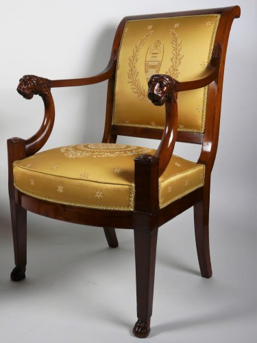 19th century - A pair of Consulate armchairs, beginning of the 19th century