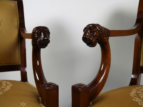 A pair of Consulate armchairs, beginning of the 19th century - Empire