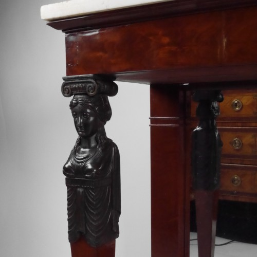 An Empire console in mahogany, beginning of the 19th century - Furniture Style Empire