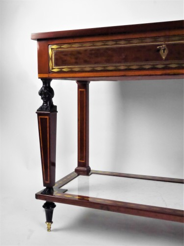 Furniture  - A Directoire console in mahogany et citronnier, 18th century
