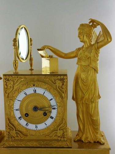 A gilt bronze pendulum clock, beginning of the 19th century -