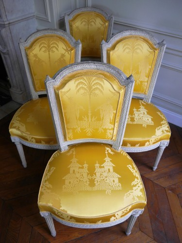 Antiquités - Suite of 4 chairs stamped by Henri Jacob, 18th century