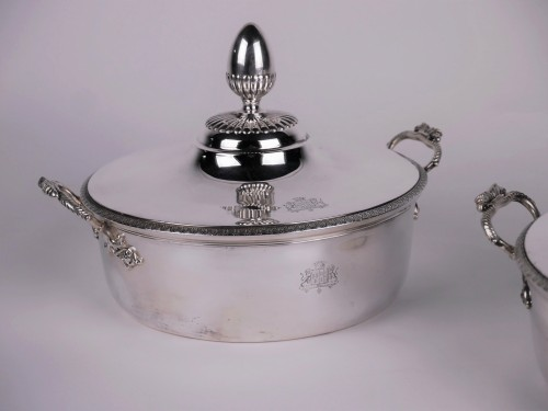 Antique Silver  - Pair of silver vegetable dishes, Charles X, 19th century