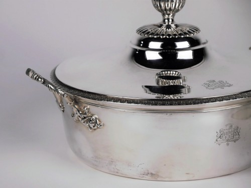 Pair of silver vegetable dishes, Charles X, 19th century -