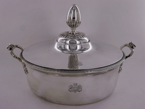 Empire - Pair of silver vegetable dishes, Charles X, 19th century