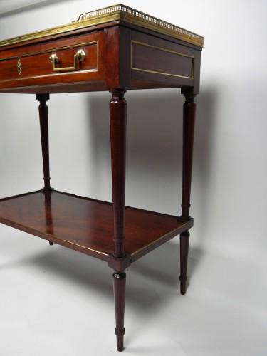 A Louis XVI mahogany console, 18th century - Furniture Style Louis XVI
