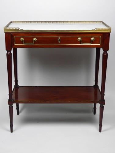 A Louis XVI mahogany console, 18th century - Louis XVI