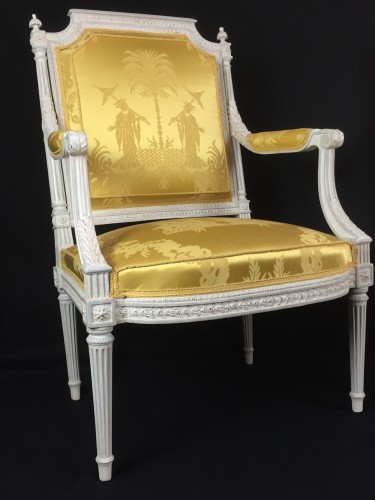 A pair of Louis XVI armchairs by Chevigny - Seating Style Louis XVI