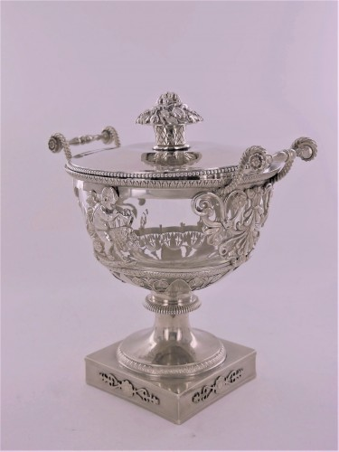 An Empire silver drageoir, beginning of the 19th century - Antique Silver Style Empire