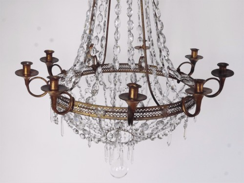 A Louis XVI Chandelier In Crystal And Sheet Metal, Circa 1800 -
