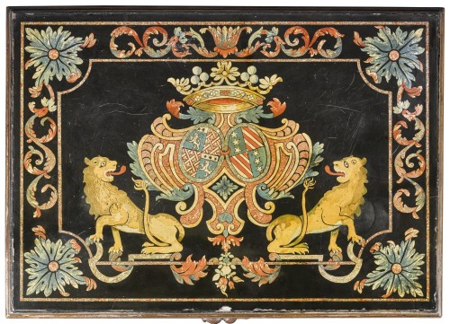 Continental polychrome scagliola armorial top - Furniture Style