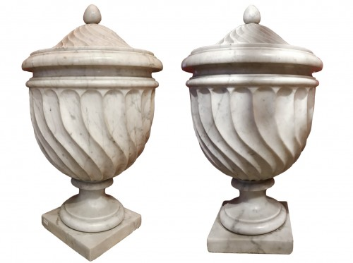 Pair of Carrara marble vases