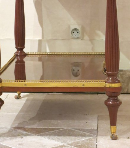 A french louis XVI Center table in mahogany stanped Pierre Harry MEWESEN - Louis XVI