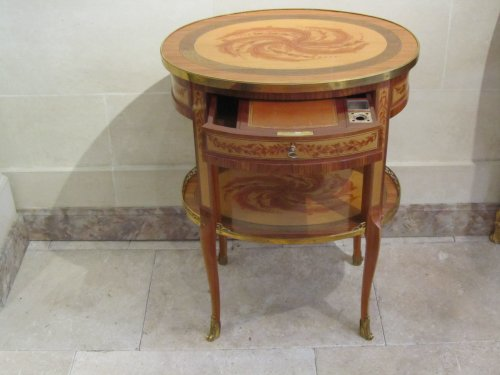 A late Louis XV period side table - Furniture Style Louis XV
