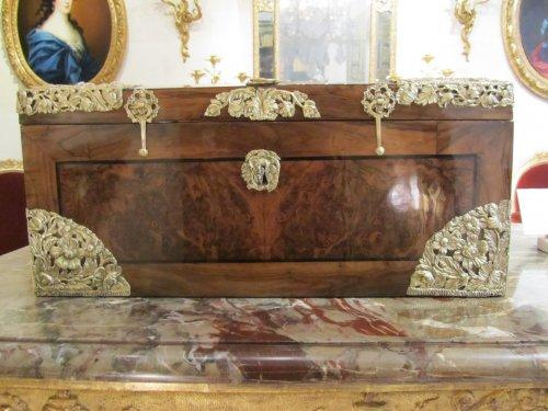 A louis xiv casked - Decorative Objects Style Louis XIV