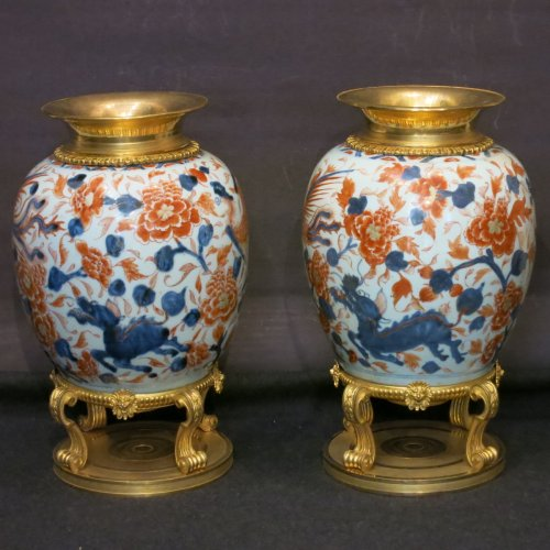 A pair of  ginger pot porcelain