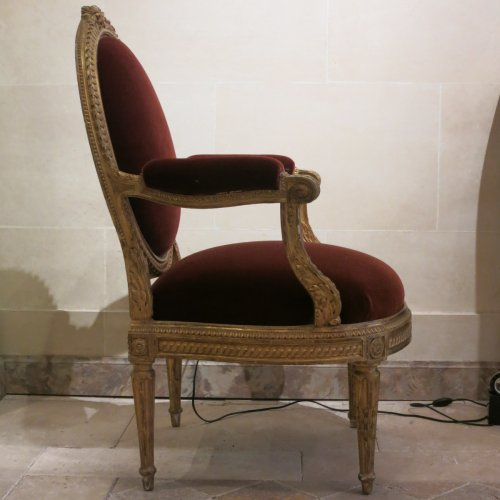 A pair gilt wood chairs Transition by Nicolas Parmentier -