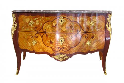 Large commode d'époque Louis XV estampille de Martin Etienne Lhermitte