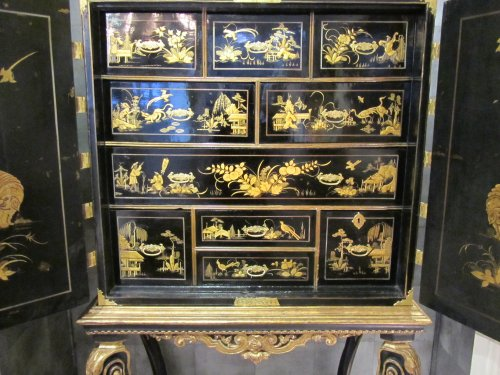 Furniture  - European lacquer cabinet-on-stand 18th century