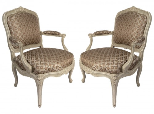 A pair of Louis XV painted fauteuils à la Reine