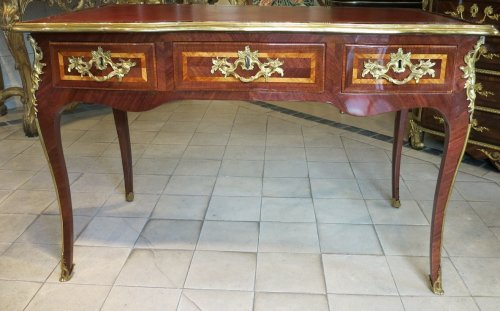 A Louis XV Parisian Desk stamped  I.M. Chevallier - Furniture Style Louis XV