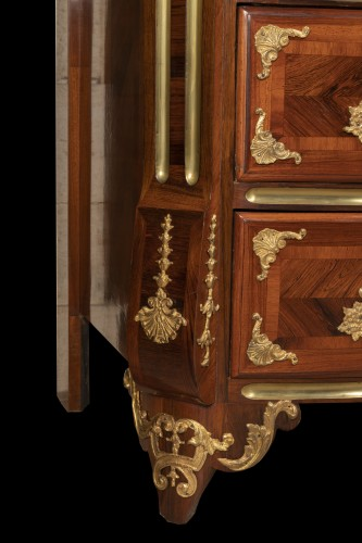 A louis XIV commode by Thomas Hache -