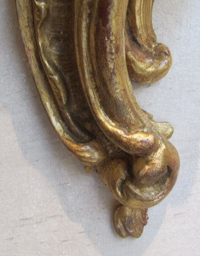 18th century - A pair of Louis XV  giltwood wall brackets