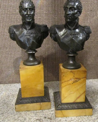 Pair of bronze bust  -