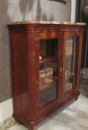 A pair of Louis XVI bookcases stamped Etienne Avril - Furniture Style Louis XVI